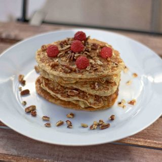 Healthy Pancakes with Oats and Apples