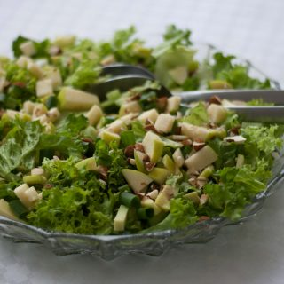 Simple Green Salad with Apples and Almonds