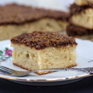 Danish Dream Cake (Drømmekage)