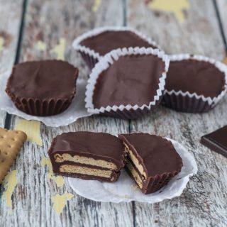 Mini Danish Chocolate Biscuit Cake (Mini Kiksekage)