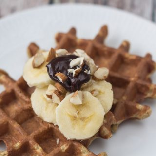 Healthy Banana Waffles