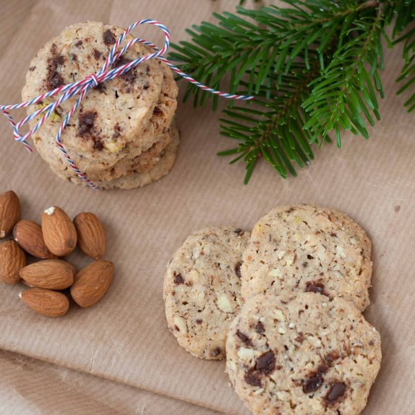 Cookies with Nuts and Chocolate