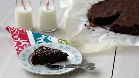 Danish Chocolate Cake – Very Moist and Easy to Bake