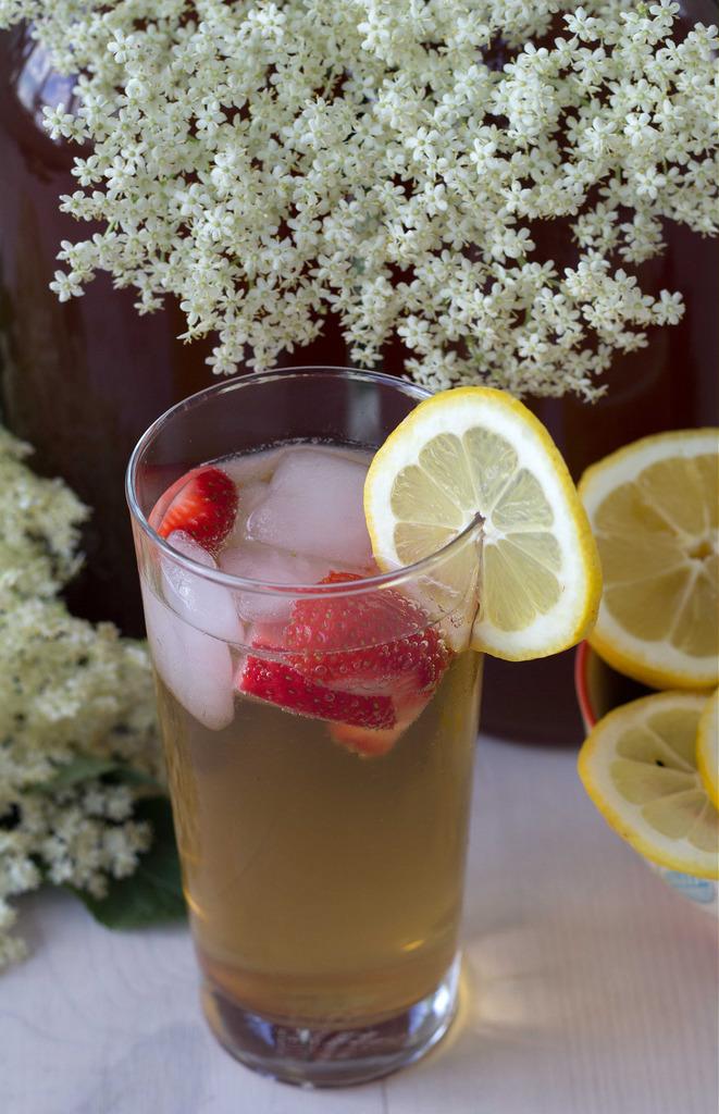 Recipe for Homemade Elderflower Juice
