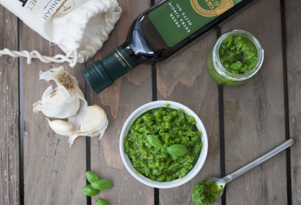 Recipe for Basil Pesto with Cashew Nuts