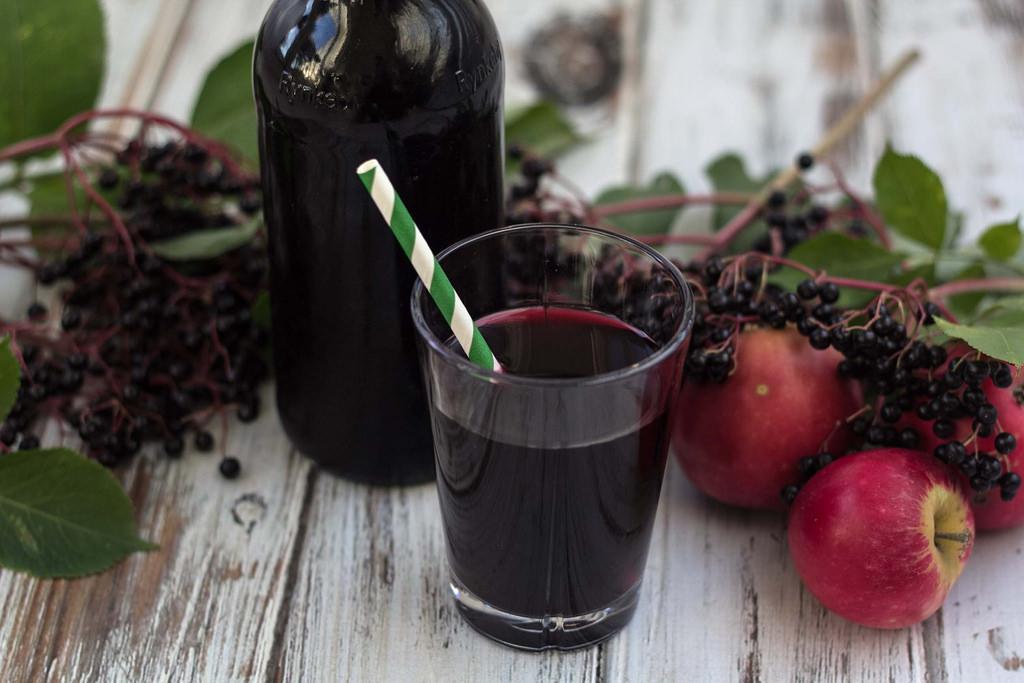 Recipe for homemade Elderberry Juice