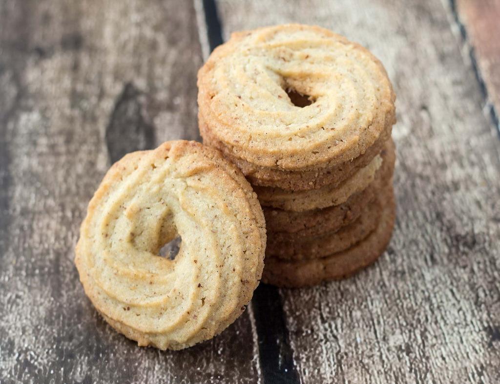 Recipe For Danish Butter Cookies Vaniljekranse The