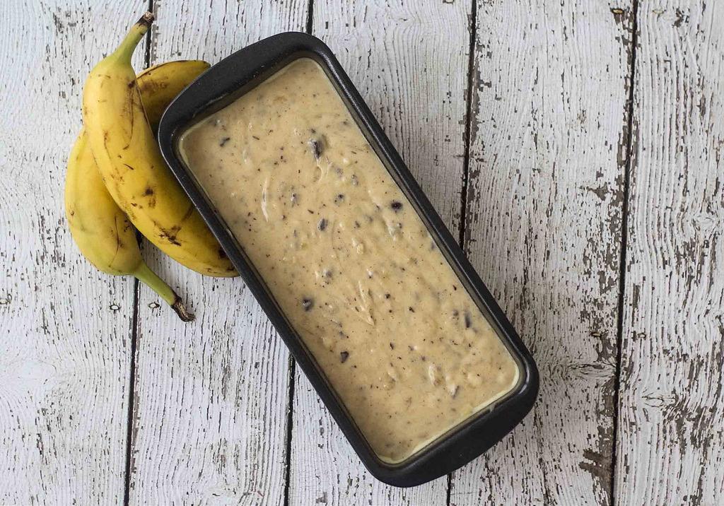 Recipe for Danish Banana Cake with Chocolate
