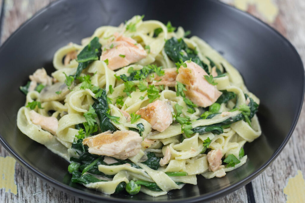 Homemade and Fresh Pasta with Spinach and Salmon
