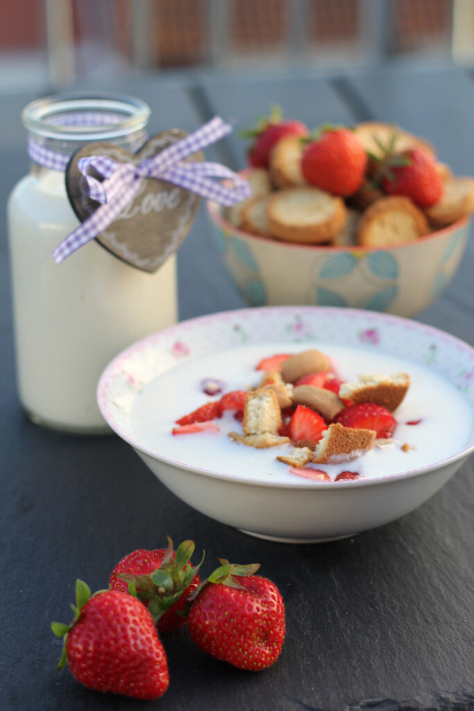 Recipe for Danish Koldskaal (Cold Bowl)