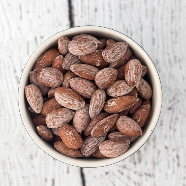 Recipe for Salted almonds