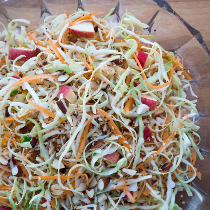 Recipe for Cabbage Carrot Apple Salad
