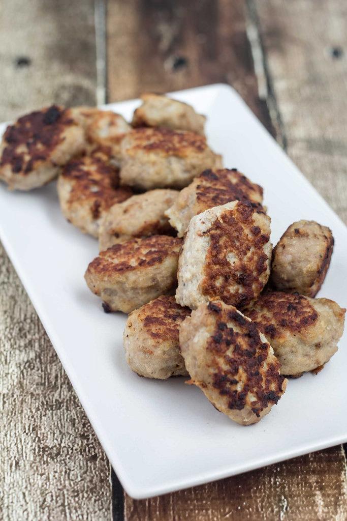 Recipe for Danish Meat Balls (Frikadeller)